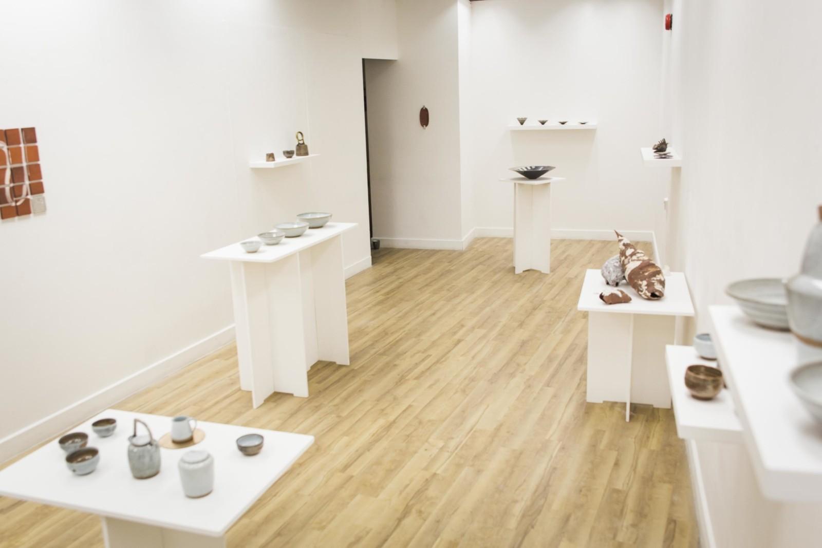 art gallery kunst galerie keramik, metal